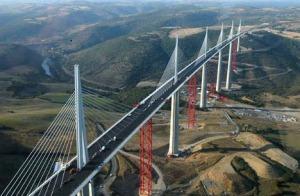 Jembatan Tertinggi Di Dunia Ternyata Lebih Tinggi Dari Menara Eiffel