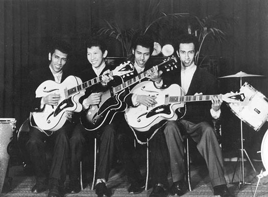 Mengenal Band Rock Tertua Di Dunia Asal Indonesia : The Tielman Brothers (2/6)