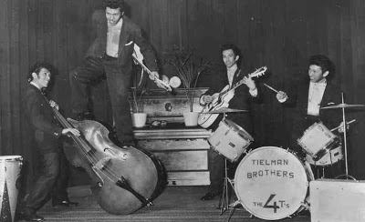 Mengenal Band Rock Tertua Di Dunia Asal Indonesia : The Tielman Brothers (5/6)